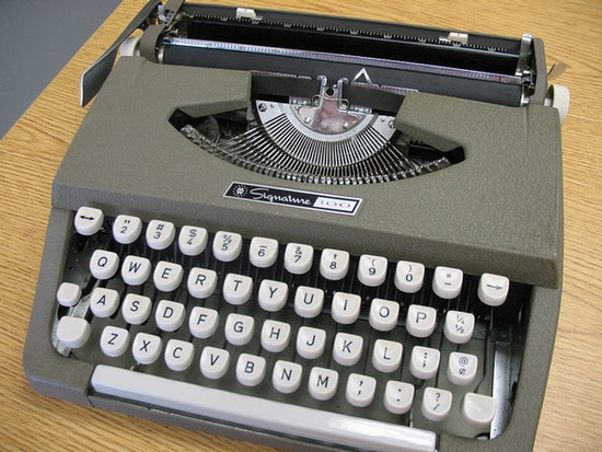 Photo of typewriter: Flickr/mpclemens