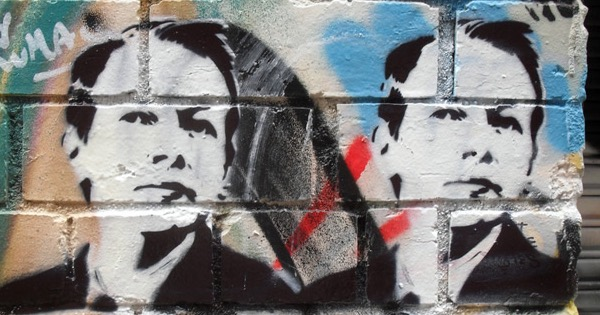 Julian Assange graffiti