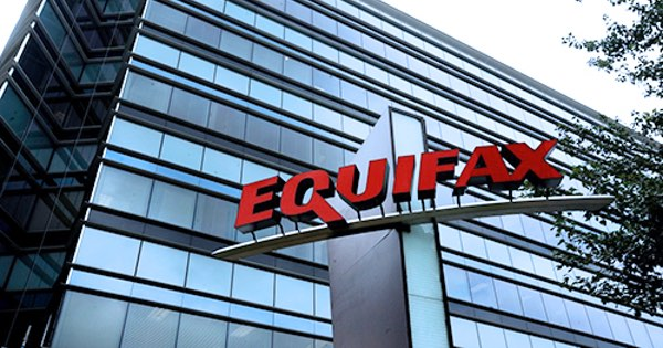 62 days after discovering data leak, Equifax warns that 143 million US consumers could be at risk