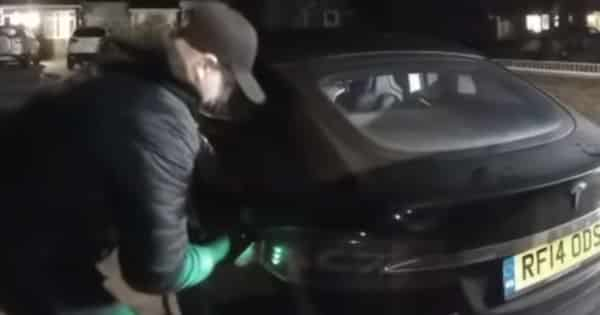 Watch how a Tesla Model S was stolen with just a tablet
